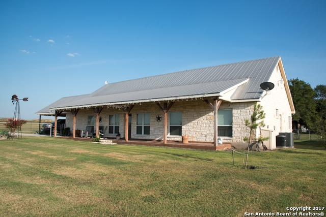 212 Cr 5719 W, Devine, TX 78016 (MLS #1251911) :: Exquisite Properties, LLC