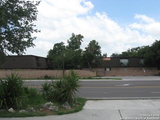1200 E Houston St, Beeville, TX 78102 (MLS #1255559) :: ForSaleSanAntonioHomes.com