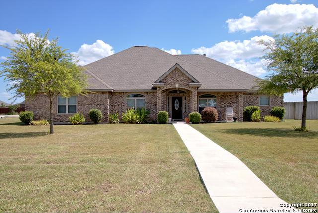 1503 Emily Ln, Seguin, TX 78155 (MLS #1258812) :: Exquisite Properties, LLC
