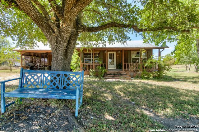 143 Schumans Beach Rd, New Braunfels, TX 78130 (MLS #1258901) :: Ultimate Real Estate Services