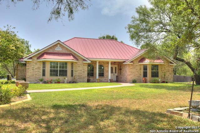 130 Beavers Ln, Uvalde, TX 78801 (MLS #1258905) :: Ultimate Real Estate Services