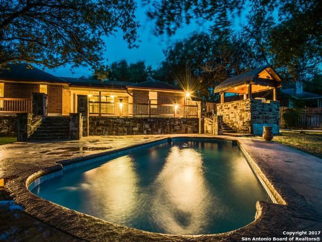 1124 Cardinal St, Pleasanton, TX 78064 (MLS #1258912) :: Ultimate Real Estate Services