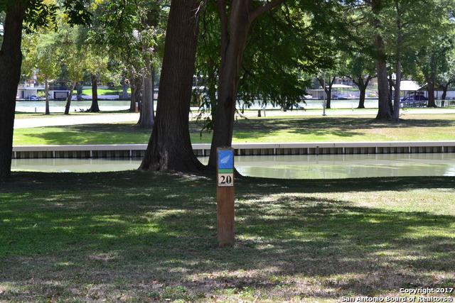 108 Cypress Way, McQueeney, TX 78123 (MLS #1259354) :: Magnolia Realty