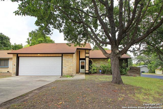 16302 Puma Pass St, San Antonio, TX 78247 (MLS #1260194) :: Exquisite Properties, LLC