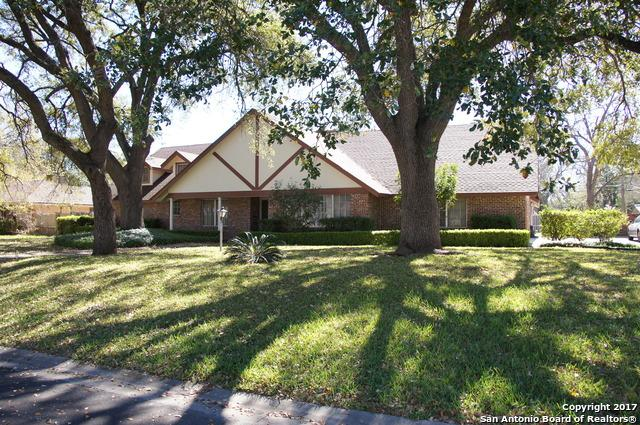 Address Not Published, Castle Hills, TX 78213 (MLS #1262833) :: The Castillo Group