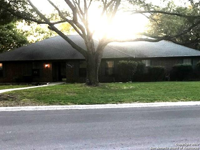 1872 Palace Dr, New Braunfels, TX 78130 (MLS #1264314) :: Ultimate Real Estate Services