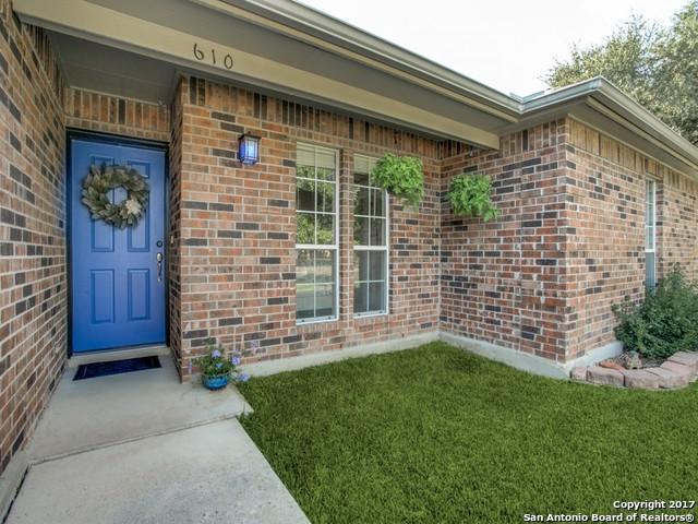 610 N School St, Boerne, TX 78006 (MLS #1264950) :: Tami Price Properties, Inc.
