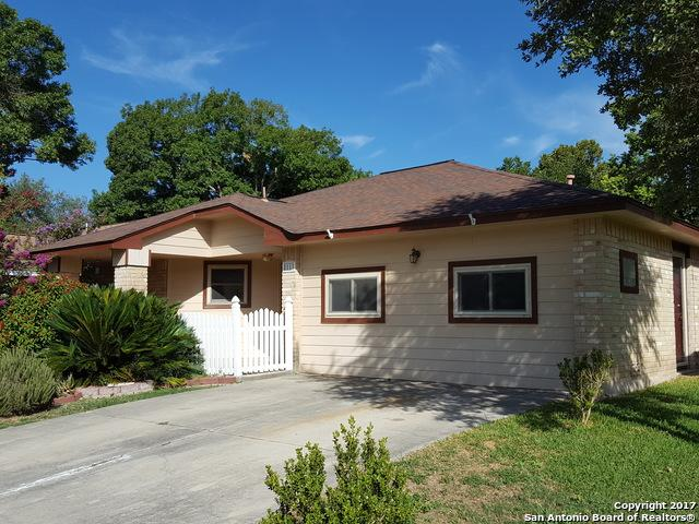 8111 Forest Dawn, Live Oak, TX 78233 (MLS #1265222) :: Ultimate Real Estate Services