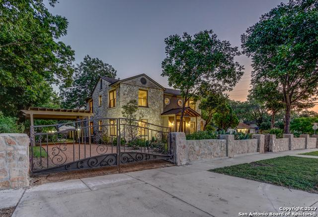 2068 W Mistletoe Ave, San Antonio, TX 78201 (MLS #1267618) :: Exquisite Properties, LLC