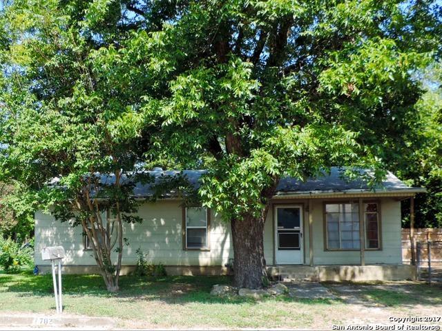 702 Bowie, Universal City, TX 78148 (MLS #1268119) :: Exquisite Properties, LLC