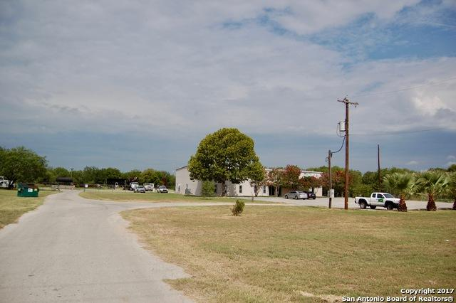 20905 State Highway 16 S, Von Ormy, TX 78073 (MLS #1268243) :: Ultimate Real Estate Services