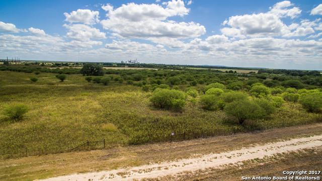 55 Highway 55, Uvalde, TX 78801 (MLS #1268504) :: NewHomePrograms.com LLC