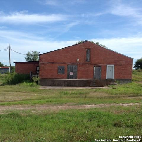 1367 W Hwy 87, Smiley, TX 78159 (MLS #1269716) :: The Castillo Group