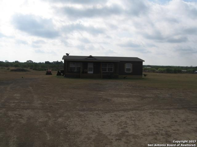 300 Pr 2743, Moore, TX 78057 (MLS #1270683) :: Tom White Group