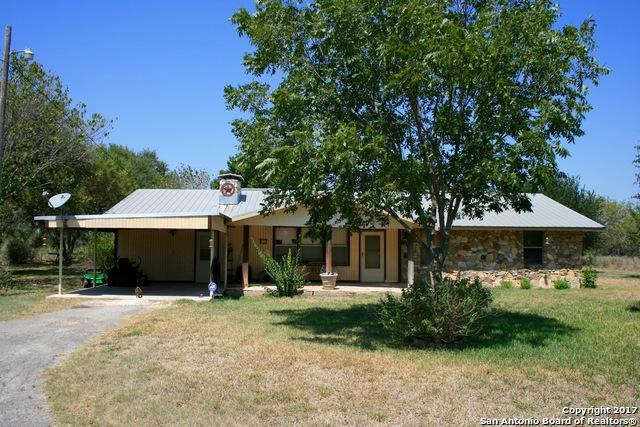 2378 Homestead Rd, Uvalde, TX 78801 (MLS #1270992) :: NewHomePrograms.com LLC