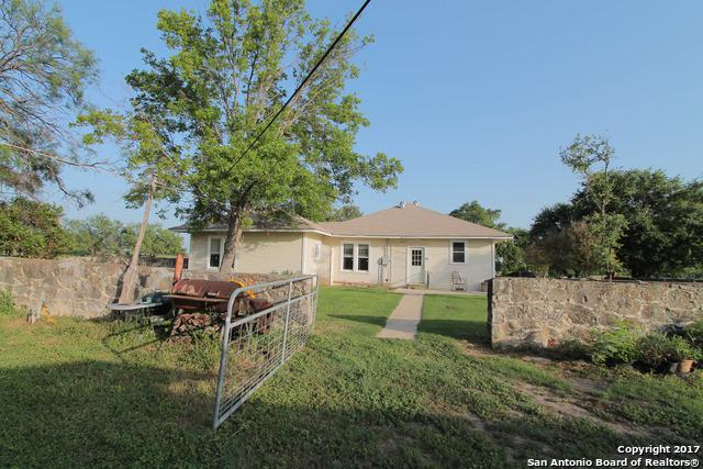 00 Cr 400, Uvalde, TX 78801 (MLS #1271142) :: NewHomePrograms.com LLC