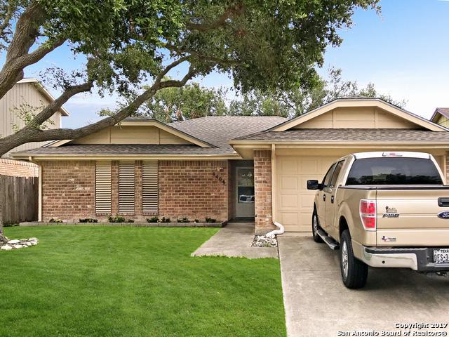 4406 Squaw Pass Ct, Corpus Christi, TX 78413 (MLS #1273512) :: Carrington Real Estate Services