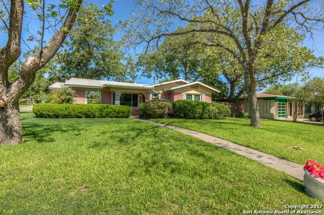 303 Teakwood Ln, San Antonio, TX 78216 (MLS #1274237) :: Neal & Neal Team