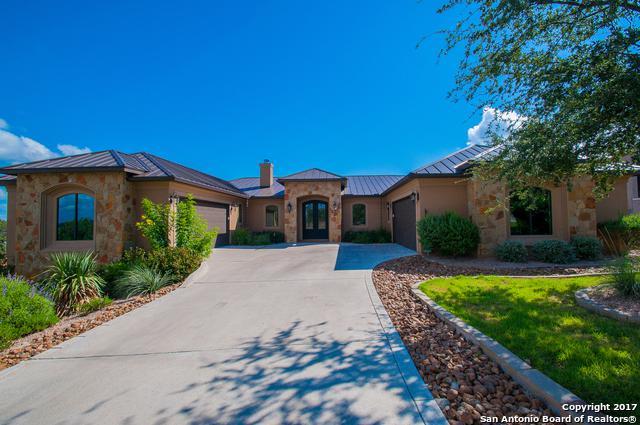 1808 Bella Vista, Canyon Lake, TX 78133 (MLS #1274308) :: Magnolia Realty
