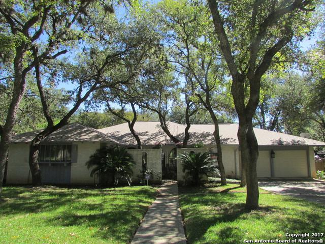 10202 Kings Grant Dr, San Antonio, TX 78230 (MLS #1274543) :: ForSaleSanAntonioHomes.com