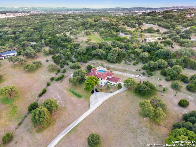 28127 Aqueduct Ln, Fair Oaks Ranch, TX 78015 (MLS #1274723) :: The Castillo Group