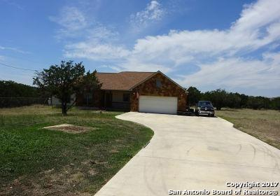 605 Riverside Drive, Pipe Creek, TX 78063 (MLS #1275529) :: Ultimate Real Estate Services