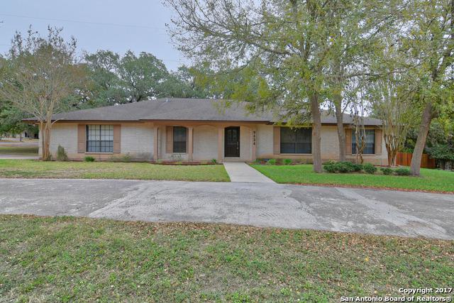 9434 Teakwood Ln, Garden Ridge, TX 78266 (MLS #1277562) :: Ultimate Real Estate Services
