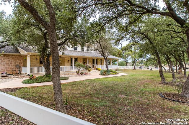 1275 Pass Creek Rd, Kerrville, TX 78028 (MLS #1278913) :: Ultimate Real Estate Services