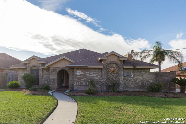 4213 River Hill Dr, Corpus Christi, TX 78410 (MLS #1279873) :: Carrington Real Estate Services