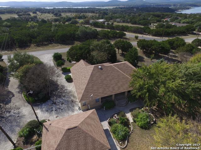205 Country Meadow Ln, Lakehills, TX 78063 (MLS #1280024) :: Magnolia Realty