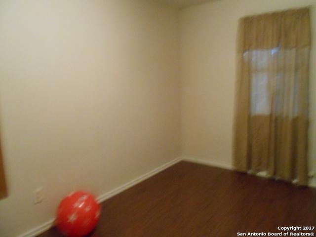 437 W Wright Blvd, Universal City, TX 78154 (MLS #1280118) :: The Suzanne Kuntz Real Estate Team