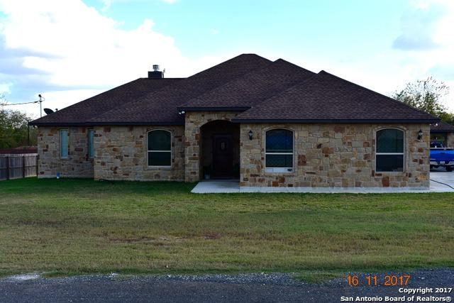 114 E Lorenz, Stockdale, TX 78160 (MLS #1280258) :: The Castillo Group
