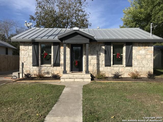 518 E Theissen St, Boerne, TX 78006 (MLS #1280318) :: Alexis Weigand Group