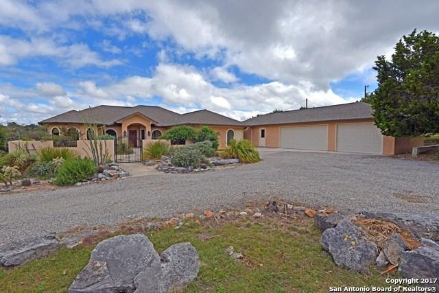 2782 Oak Aly, Kerrville, TX 78028 (MLS #1281039) :: Exquisite Properties, LLC