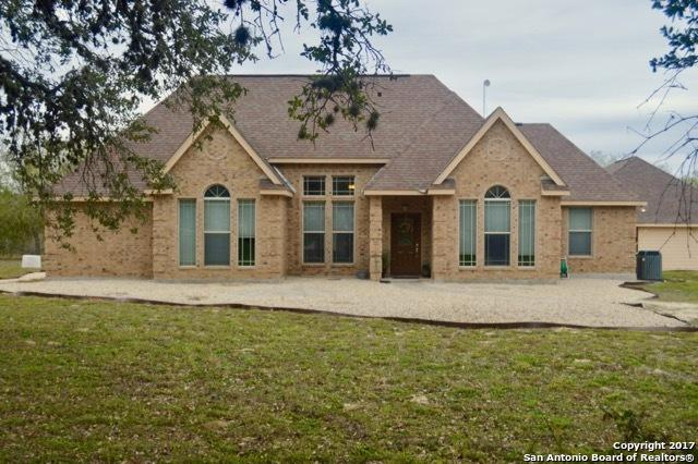 1206 Quail Run, Lytle, TX 78052 (MLS #1281974) :: Erin Caraway Group