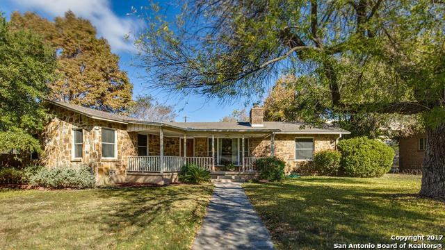 139 W Oakview Pl, Alamo Heights, TX 78209 (MLS #1283072) :: Neal & Neal Team