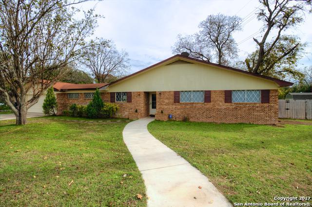 1234 Common St, New Braunfels, TX 78130 (MLS #1283794) :: Neal & Neal Team