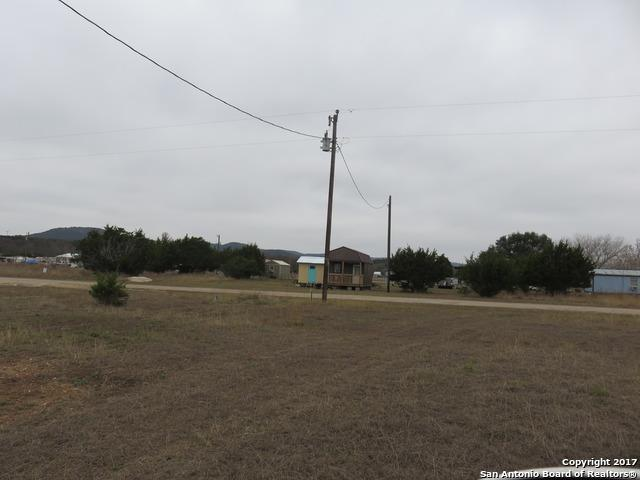 179 Mountain View Dr, Bandera, TX 78003 (MLS #1285005) :: Alexis Weigand Real Estate Group