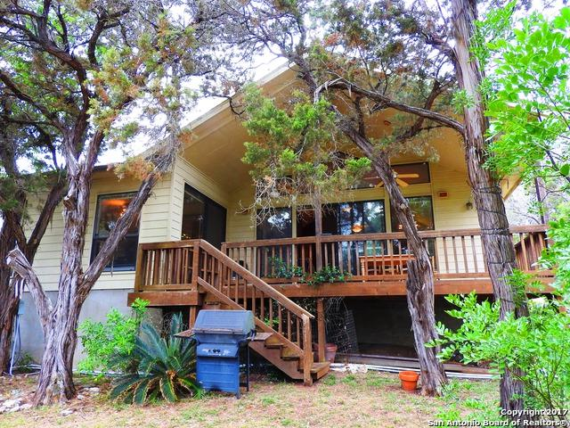 1058 Blue Bill Cove Dr, Lakehills, TX 78063 (MLS #1285414) :: Magnolia Realty
