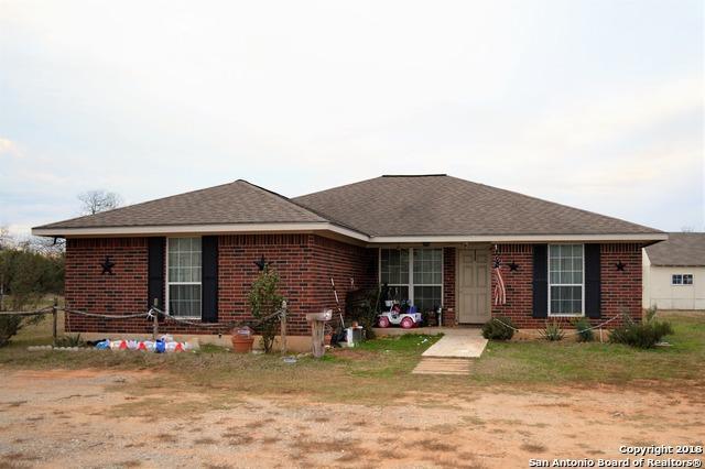 8180 Fm 2146, Jourdanton, TX 78026 (MLS #1286135) :: ForSaleSanAntonioHomes.com