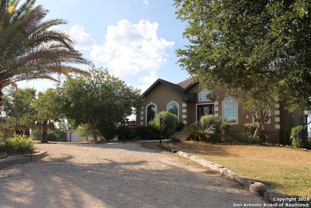 1098 Fm 1052, Uvalde, TX 78801 (MLS #1286330) :: Ultimate Real Estate Services