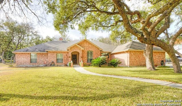 20011 Hickory Bnd, Garden Ridge, TX 78266 (MLS #1287617) :: Ultimate Real Estate Services