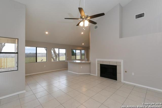 9815 Wagon Train, Converse, TX 78109 (MLS #1287762) :: Ultimate Real Estate Services