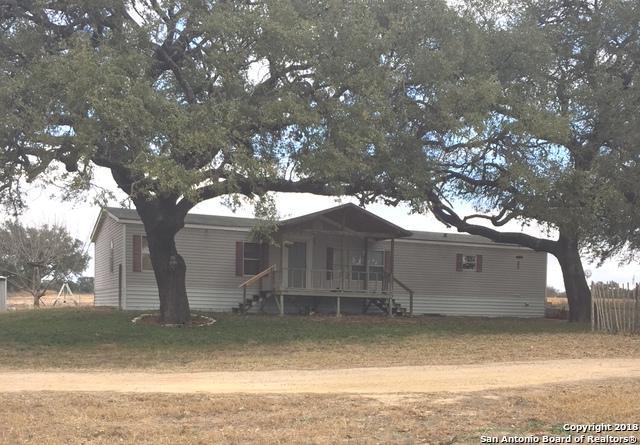 859 County Road 6612, Devine, TX 78016 (MLS #1287784) :: NewHomePrograms.com LLC
