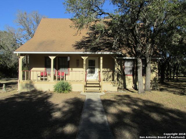 162 Siebeneicher Rd, Boerne, TX 78006 (MLS #1287904) :: NewHomePrograms.com LLC
