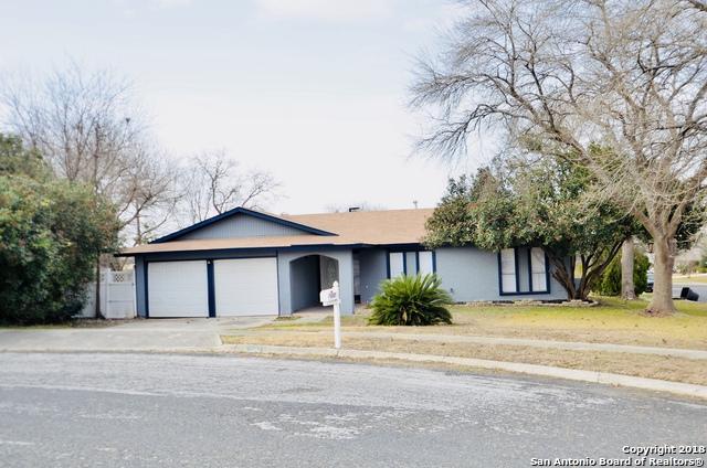 6207 Charlottesville St, San Antonio, TX 78233 (MLS #1287906) :: NewHomePrograms.com LLC