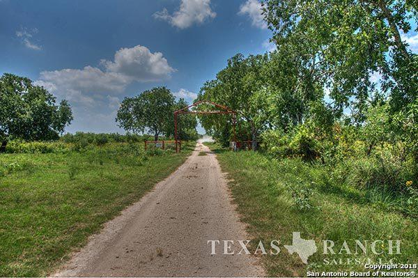 000 Fm 1025, Crystal City, TX 78839 (MLS #1288185) :: Neal & Neal Team