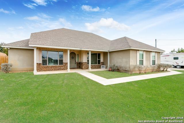 399 Park Rd, Bandera, TX 78003 (MLS #1288250) :: Magnolia Realty