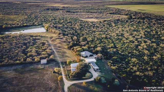 3833 County Road 2800, Bigfoot, TX 78005 (MLS #1288691) :: ForSaleSanAntonioHomes.com