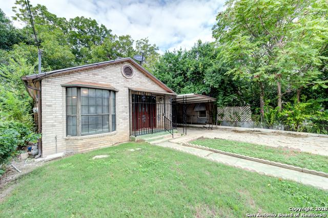 617 Mercedes St, San Antonio, TX 78207 (MLS #1290044) :: The Castillo Group